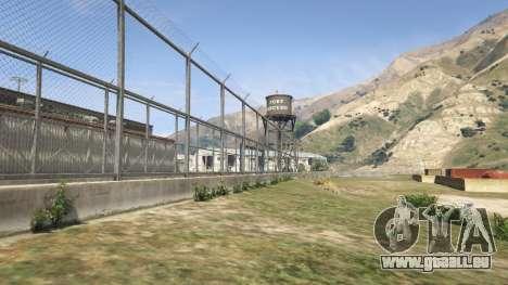 La palissade du Fort Zancudo dans GTA 5