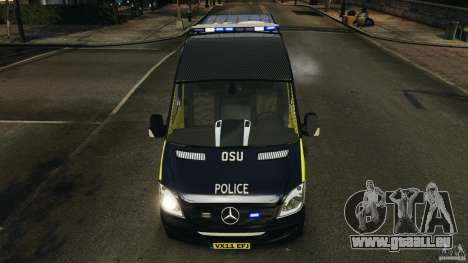 Mercedes-Benz Sprinter Police [ELS] pour GTA 4 est une vue de dessous
