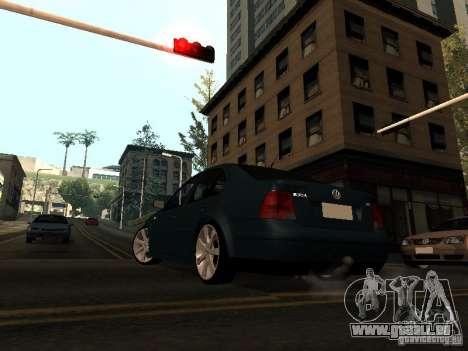 Volkswagen Bora DUB pour GTA San Andreas sur la vue arrière gauche
