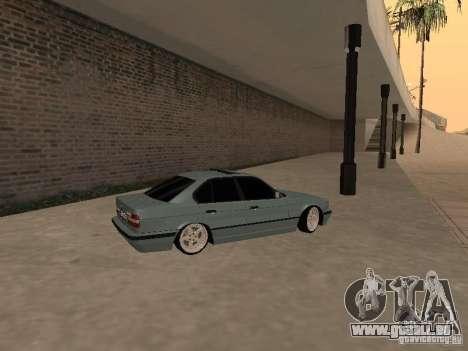 BMW E34 540i V8 pour GTA San Andreas laissé vue