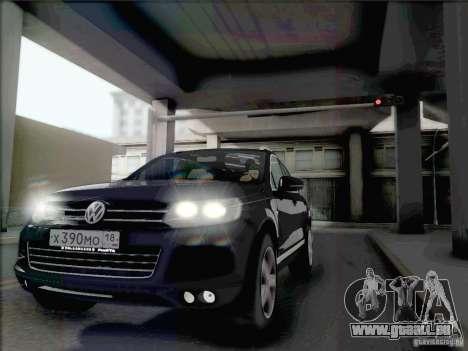 Volkswagen Touareg 2012 pour GTA San Andreas sur la vue arrière gauche