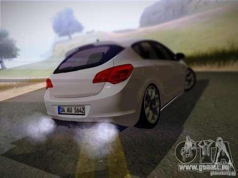 Opel Astra Senner Lower Project pour GTA San Andreas sur la vue arrière gauche