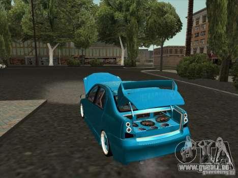 Renault Logan pour GTA San Andreas vue de droite