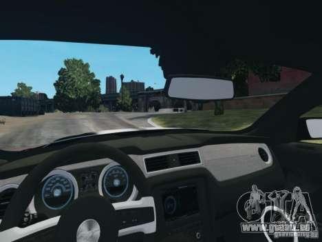 Ford Mustang GT 2013 pour GTA 4 est une vue de l'intérieur