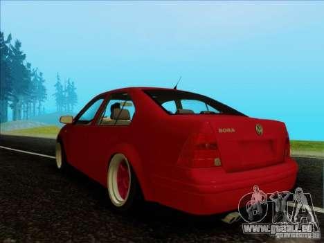 Volkswagen Bora HellaFlush pour GTA San Andreas sur la vue arrière gauche