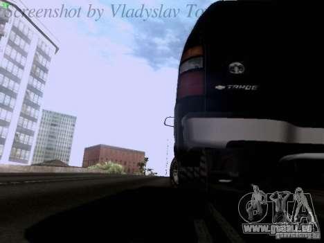 Chevrolet Tahoe 2003 SWAT pour GTA San Andreas vue de côté