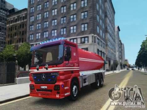Mercedes-Benz Vanntankbil / Water Tanker pour GTA 4 est une gauche