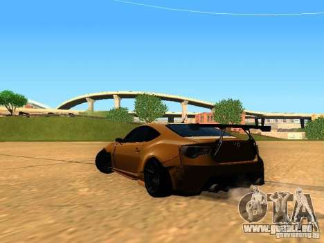 Toyota FT86 Rocket Bunny V2 pour GTA San Andreas sur la vue arrière gauche