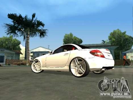 Mercedes Benz SLK 300 pour GTA San Andreas laissé vue