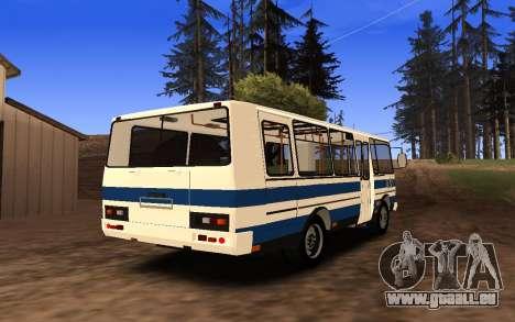 PAZ 3205 pour GTA San Andreas sur la vue arrière gauche
