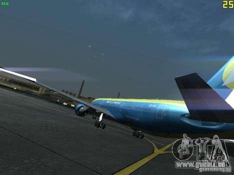 Boeing 767-300 AeroSvit Ukrainian Airlines für GTA San Andreas zurück linke Ansicht