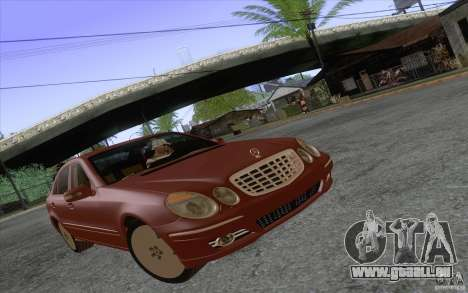 Mercedes-Benz E320 pour GTA San Andreas laissé vue