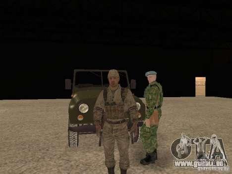 Une soldat soviétique de la peau pour GTA San Andreas sixième écran