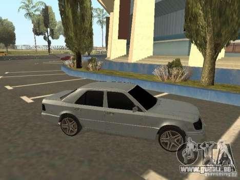 Mercedes-Benz E420 AMG pour GTA San Andreas laissé vue