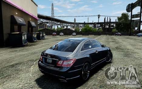 Mercedes Benz E500 Coupe pour GTA 4 Vue arrière de la gauche