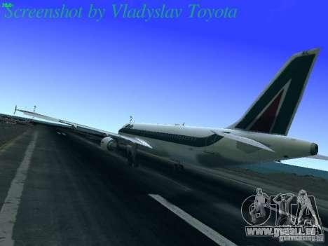 Airbus A320-214 Alitalia v.1.0 pour GTA San Andreas sur la vue arrière gauche