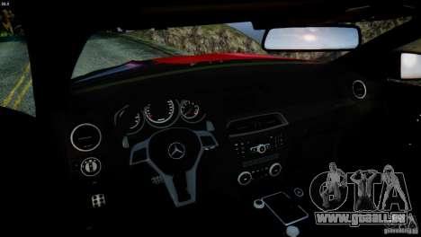 Mercedes Benz C63 AMG SAIBON Paint Job pour GTA 4 est un côté