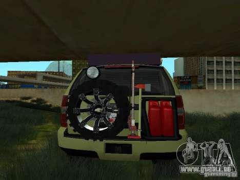 Chevrolet Tahoe Off Road pour GTA San Andreas sur la vue arrière gauche
