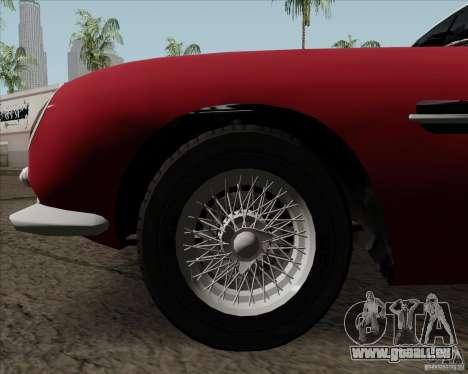 Aston Martin DB5 pour GTA San Andreas vue intérieure