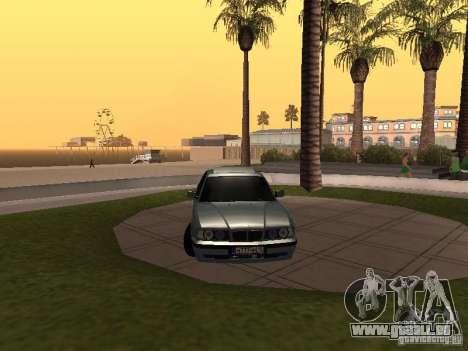 BMW E34 540i V8 pour GTA San Andreas vue de droite