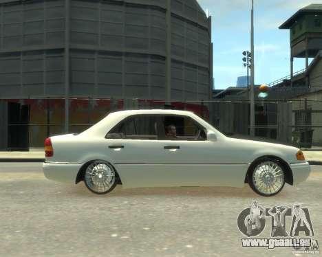 Mercedes-Benz C220 W202 für GTA 4 linke Ansicht