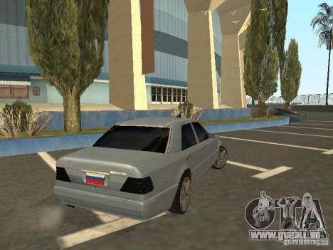 Mercedes-Benz E420 AMG für GTA San Andreas zurück linke Ansicht