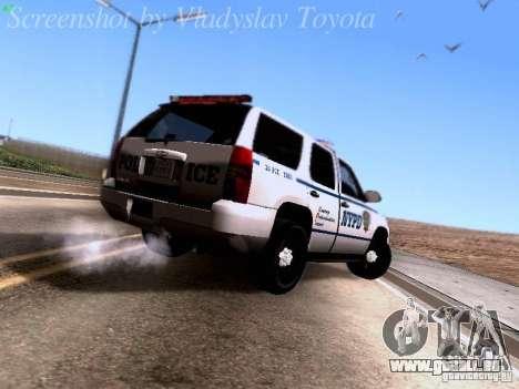 Chevrolet Tahoe 2007 NYPD pour GTA San Andreas vue de droite