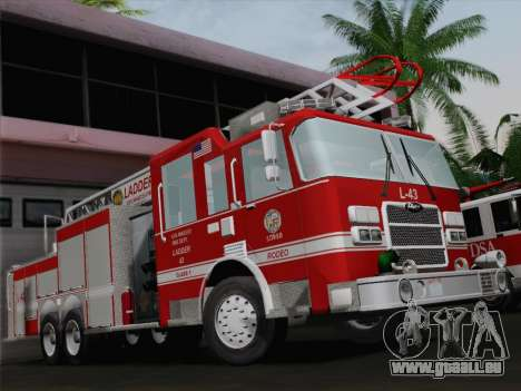 Pierce Arrow LAFD Ladder 43 für GTA San Andreas Motor