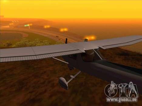 Cessna 152 v.2 pour GTA San Andreas sur la vue arrière gauche