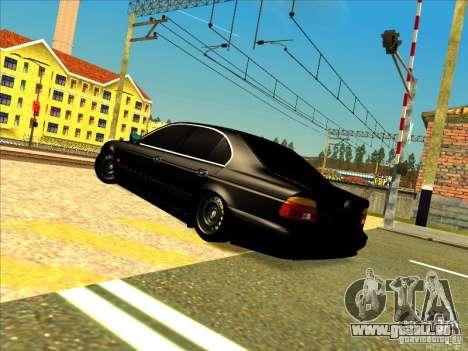 BMW M5 pour GTA San Andreas vue de droite