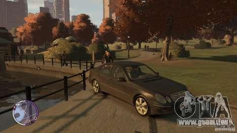 Mercedes-Benz E320 W211 pour GTA 4 est un droit
