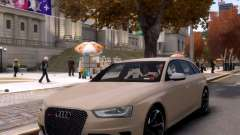Audi RS4 Avant 2013