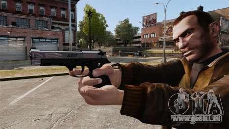 Beretta chromé pour GTA 4 troisième écran