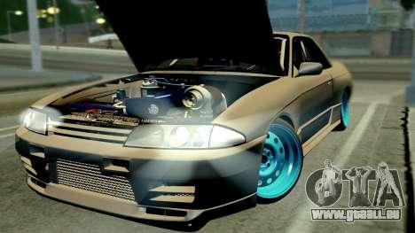 Nissan Skyline R32 Hellaflush pour GTA San Andreas sur la vue arrière gauche