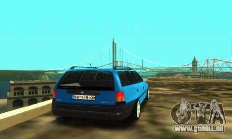 Opel Astra F Caravan pour GTA San Andreas vue arrière