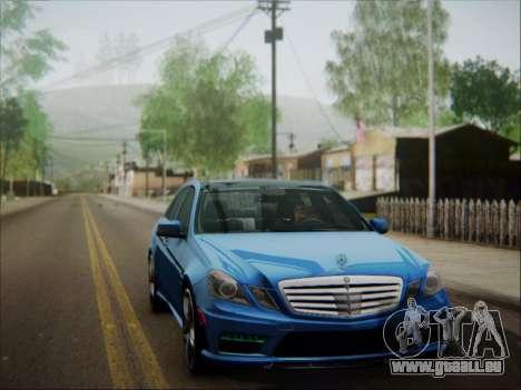 Mercedes-Benz E63 AMG 2010 für GTA San Andreas Unteransicht