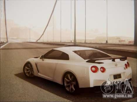 Nissan GT-R R35 Spec V 2010 pour GTA San Andreas vue de droite