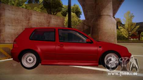 Volkswagen Golf Mk4 Euro pour GTA San Andreas sur la vue arrière gauche