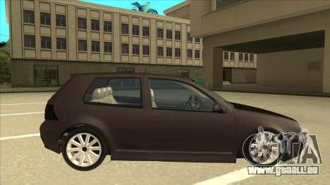 VW Golf 4 Tuned pour GTA San Andreas sur la vue arrière gauche