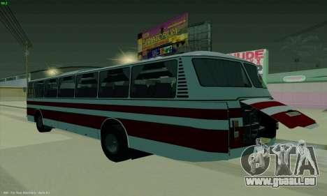 LAZ 699R pour GTA San Andreas laissé vue