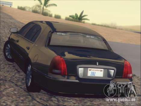 Lincoln Town Car 2010 pour GTA San Andreas salon