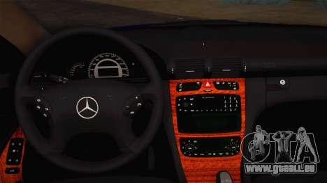Mercedes-Benz C320 Elegance 2004 pour GTA San Andreas vue intérieure