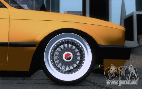 BMW E30 325i pour GTA San Andreas sur la vue arrière gauche