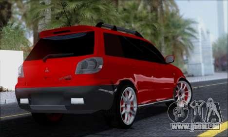 Mitsubishi Outlander Turbo 2005 pour GTA San Andreas laissé vue
