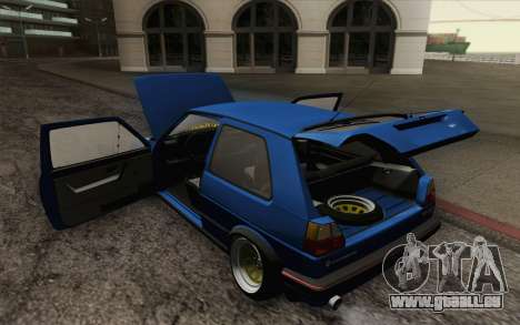 Volkswagen Golf MK2 LowStance pour GTA San Andreas salon