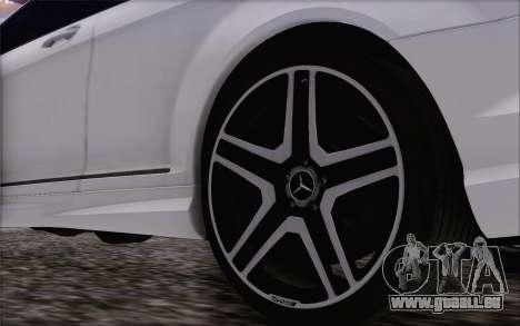 Mercedes-Benz CL65 AMG pour GTA San Andreas vue de droite