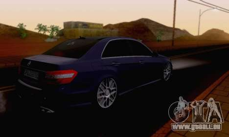 Mercedes-Benz E63 AMG pour GTA San Andreas vue de dessus