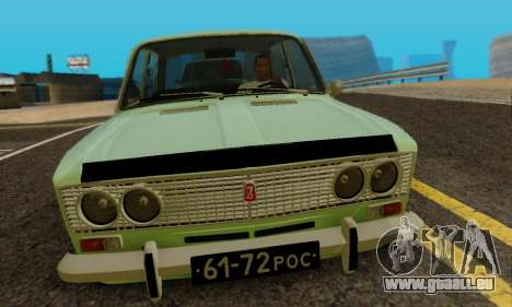 VAZ 2103 pour GTA San Andreas sur la vue arrière gauche