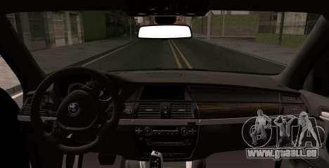 BMW X5M 2013 pour GTA San Andreas sur la vue arrière gauche