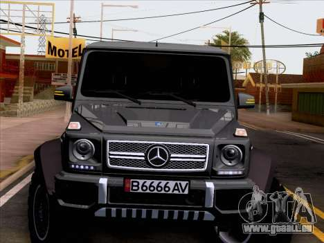 Mercedes-Benz G65 AMG 6X6 für GTA San Andreas Seitenansicht